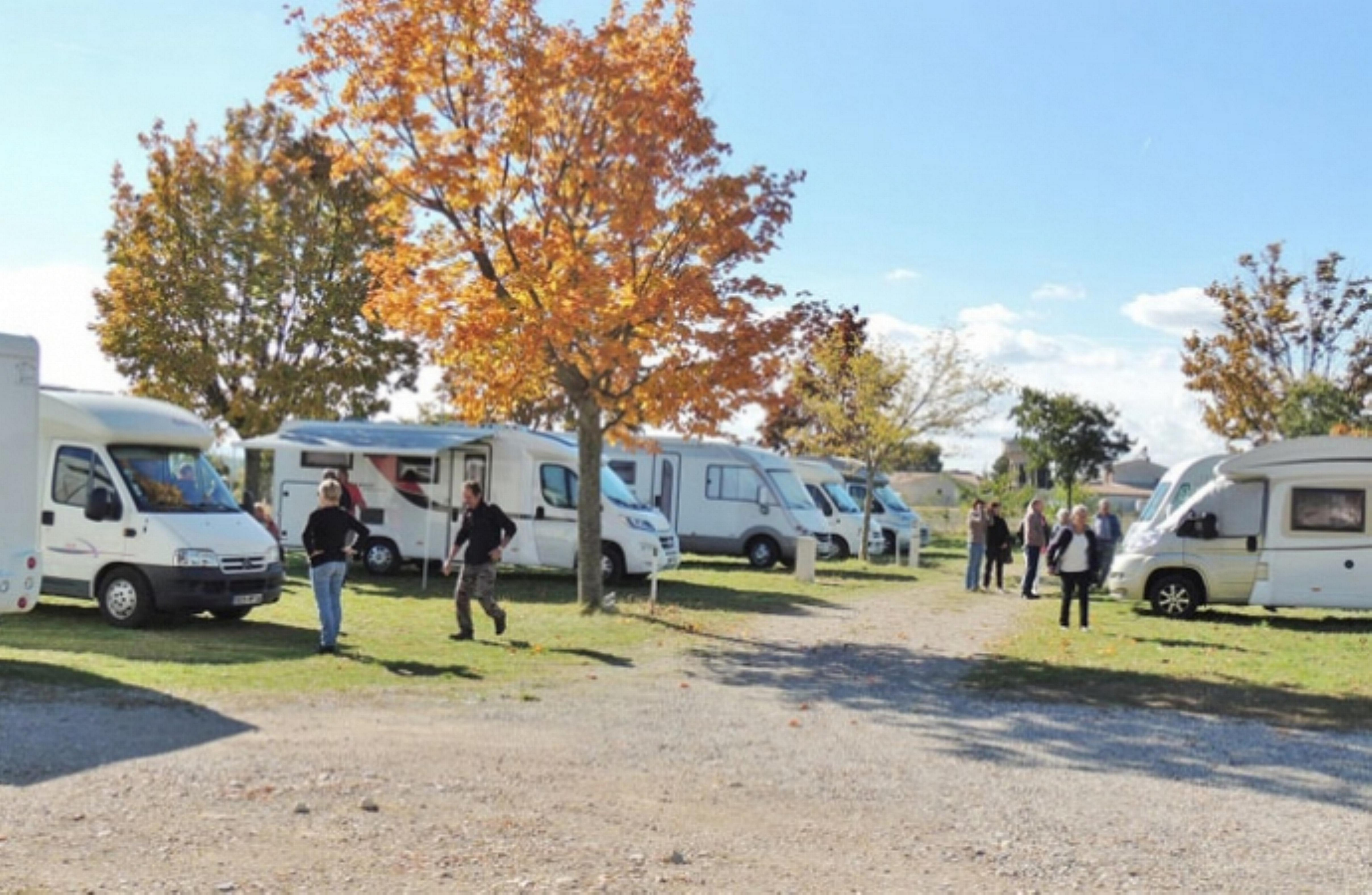 Camping Car A Valensolle
